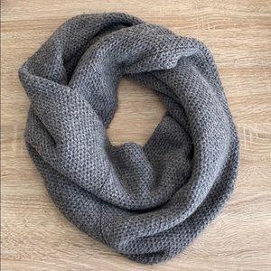 Jcrew Gray Knit Circle Scarf